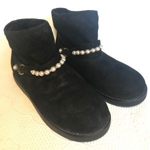 Unisa black suede ankle boots with pearls